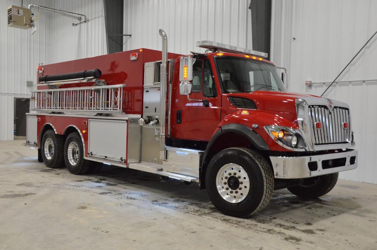 Vente de camions d incendie battleshield for Piscine portative
